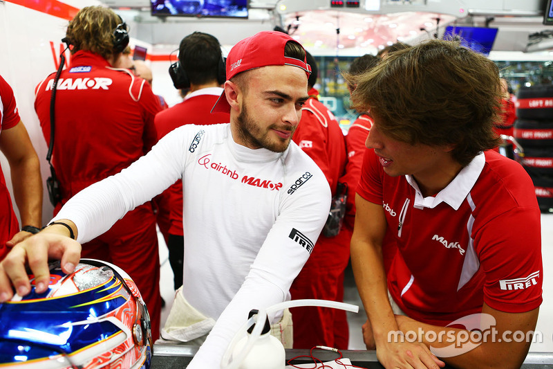 Will Stevens, Manor Marussia F1 Team, mit Roberto Merhi, Manor Marussia F1 Team