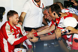 Race winner Sebastian Vettel, Ferrari celebrates with Maurizio Arrivabene, Ferrari Team Principal in