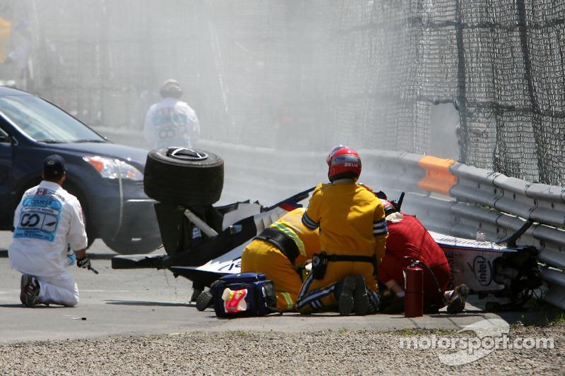 Choque de Robert Kubica, BMW Sauber F1 Team, F1.07,