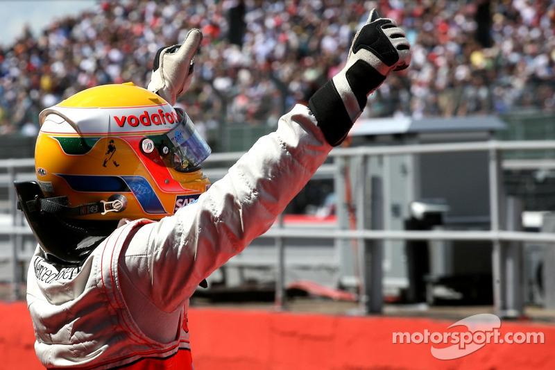 Pole de Lewis Hamilton en Gran Bretaña 2007