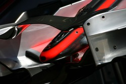 McLaren Mercedes, MP4-22, Front wing detail