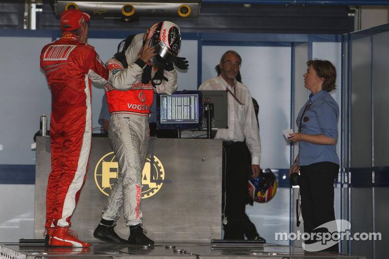 Кімі Райкконен, Scuderia Ferrari, F2007, Фернандо Алонсо, McLaren Mercedes, MP4-22