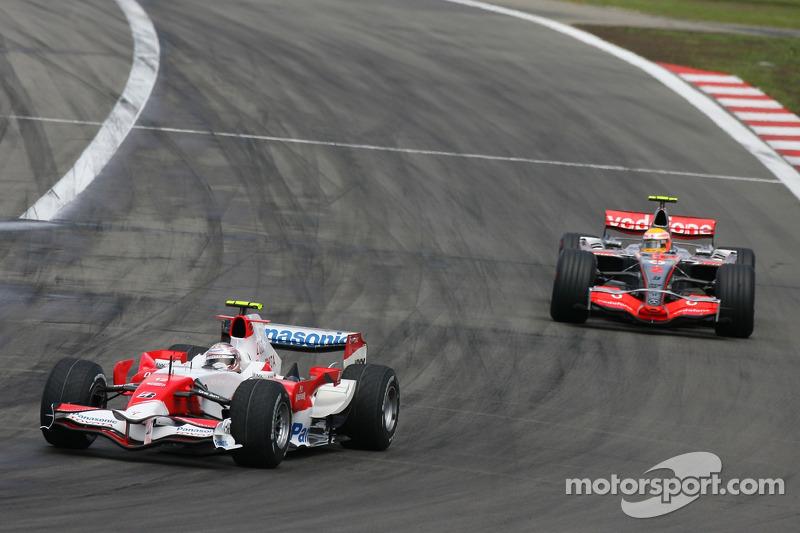 Ярно Труллі, Toyota Racing, TF107, Льюіс Хемілтон, McLaren Mercedes, MP4-22