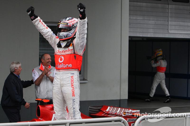 Фернандо Алонсо, Льюіс Хемілтон, McLaren Mercedes