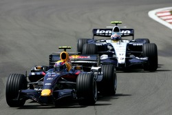 Mark Webber, Red Bull Racing RB3; Alexander Wurz, Williams FW29