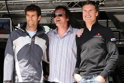 Mark Webber, Red Bull Racing, und David Coulthard, Red Bull Racing, mit Quentin Tarantino, Regisseur