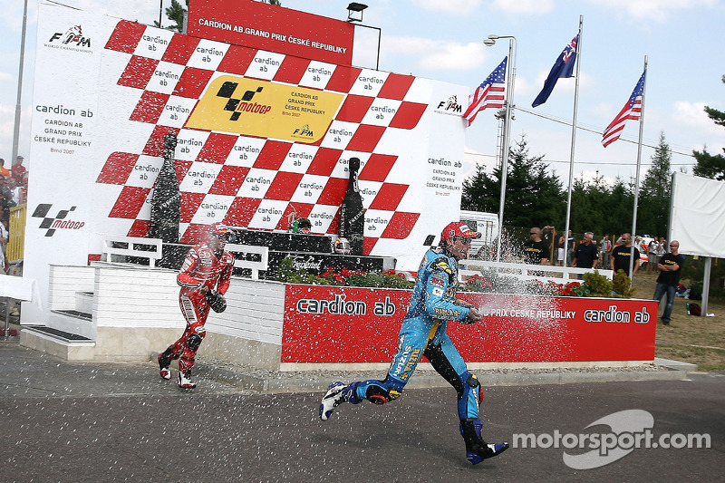 Peraih podium: Stoner, John Hopkins dan Nicky Hayden