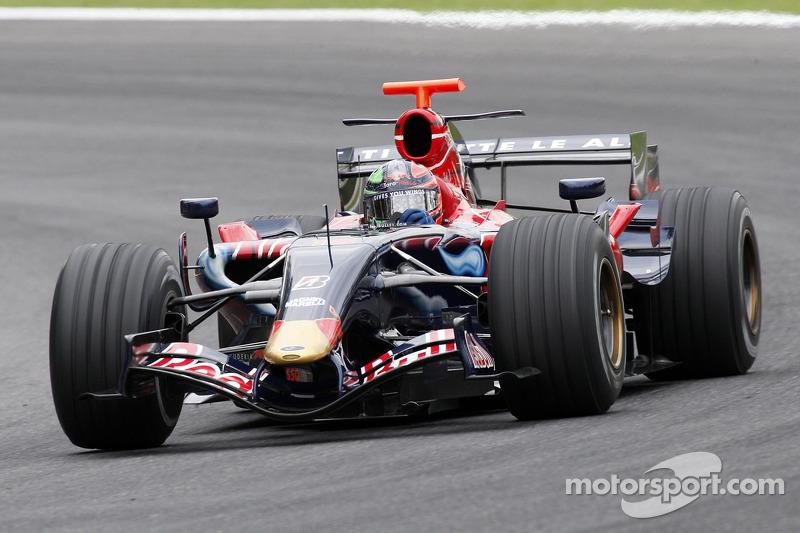 2007 : Toro Rosso STR2, à moteur Ferrari