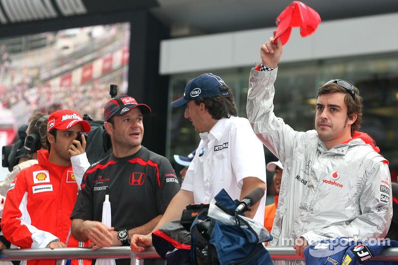 Honda Racing F1 Team, Robert Kubica, BMW Sauber F1 Team y Fernando Alonso, McLaren Mercedes, Rubens
