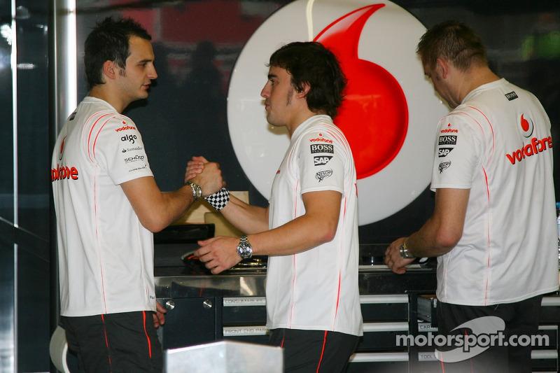 Fernando Alonso, McLaren Mercedes says goodbye to his team
