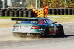 Throwing dirt onto the track; #22 Aston Martin Racing BMS Aston Martin DBR9