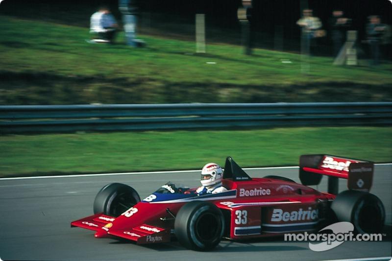 Alan Jones lors du GP d'Europe 1985
