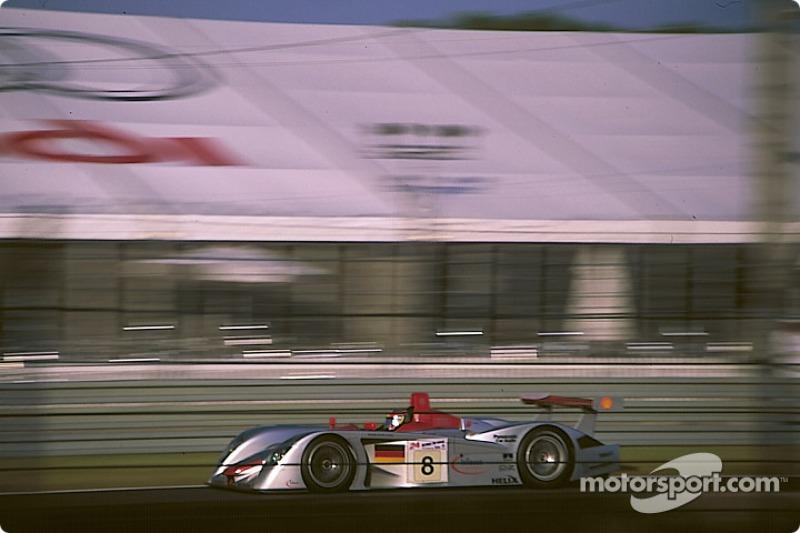 2000 - Audi R8 : Frank Biela, Tom Kristensen, Emanuele Pirro