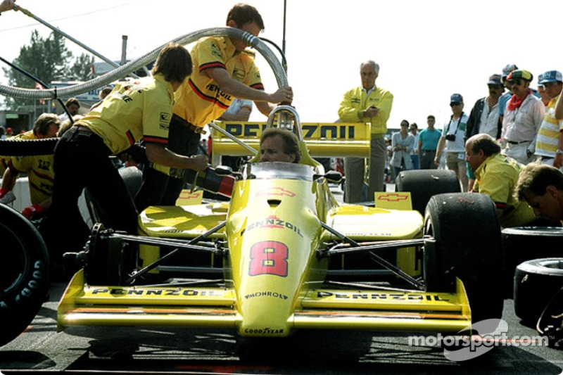 The Penske Crew Practices Pit Stops on Rick Mear's Car