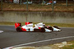Der crash von Ayrton Senna und Alain Prost in Runde 46