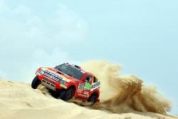 Repsol Mitsubishi Ralliart Team: Mitsubishi Pajero/Montero Evolution MPR13 test