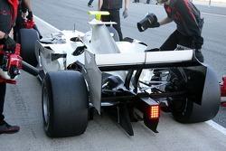 Rubens Barrichello, Honda Racing F1 Team on Slick tyres