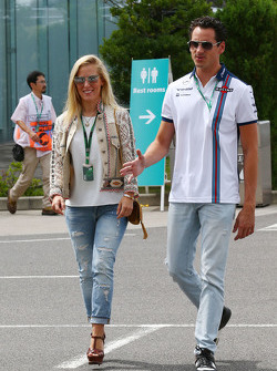 Adrian Sutil, Williams Reserve Driver with his girlfriend Jennifer Becks