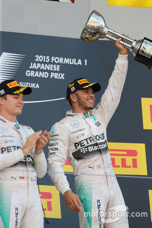Race winner Lewis Hamilton, Mercedes AMG F1 Team, second place Nico Rosberg, Mercedes AMG F1 Team