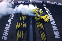 Ganador de la carrera Matt Kenseth, Joe Gibbs Racing Toyota