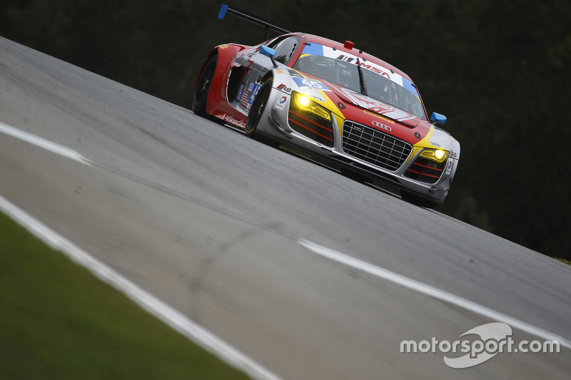 #45 Flying Lizard Motorsports Audi R8 LMS: Guy Cosmo, Robert Thorne, Colin Thompson