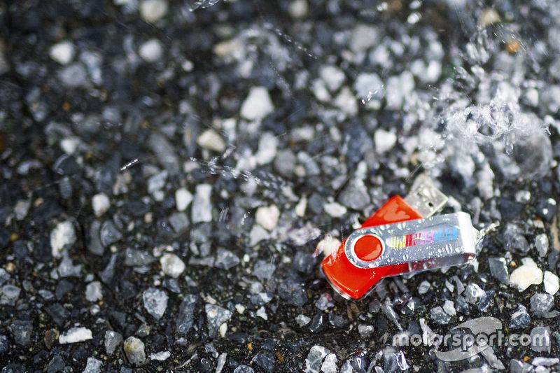 NASCAR USB stick