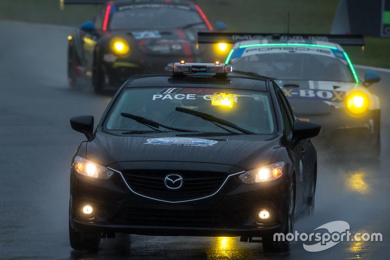 Mazda güvenlik aracı