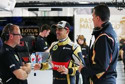 Mark Slade, Lotus F1 Team Ingeniero de carrrera con Pastor Maldonado, Lotus F1 Team y Federico Gasta