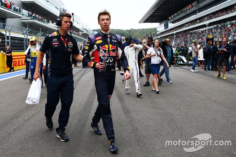 Daniil Kvyat, Red Bull Racing on the grid