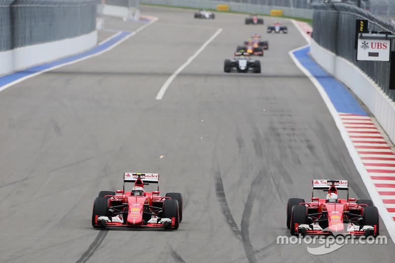Рестарт получился довольно боевым. Зрители увидели борьбу двух Ferrari, которая чуть не закончилась столкновением. Райкконен срезал трассу и затем пустил Феттеля вперед, а прямо позади них Квяту пришлось защищаться от Sauber Насра