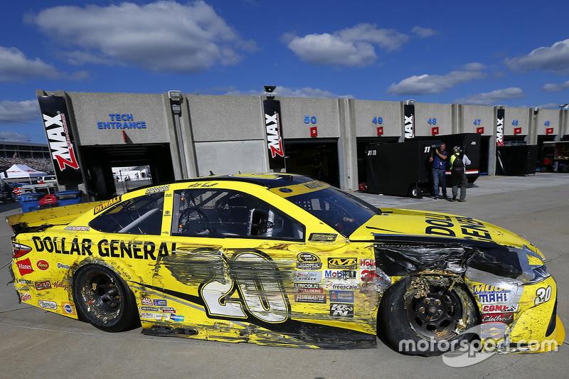 Matt Kenseth, Joe Gibbs Racing Toyota, kazadan sonra arajda