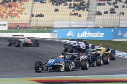Raoul Hyman, Team West-Tec F3 Dallara Mercedes-Benz and Tatiana Calderon, Carlin Dallara Volkswagen