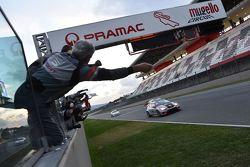 Valentina Albanese, Seat Motorsport Italia, Seat Leon Racer-TCR #101 prende la bandiera a scacchi