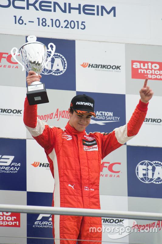 Le vainqueur de la Course 1 Lance Stroll, Prema Powerteam Dallara Mercedes-Benz