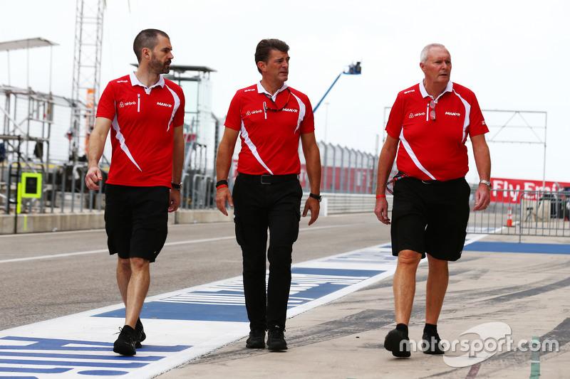 (L to R): Marc Hynes, Manor Marussia F1 Team Driver Coach with Graeme Lowdon, Manor Marussia F1 Team