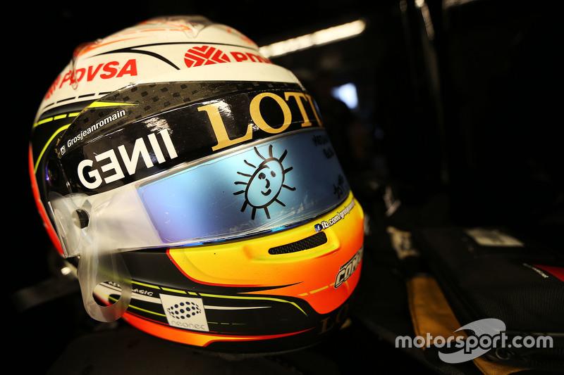 Шлем Ромена Грожана, Lotus F1 E23