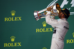 Podium: Race winner and World Champion Lewis Hamilton, Mercedes AMG F1