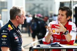 Jonathan Wheatley, Red Bull Racing, Teammanager, mit Massimo Rivola, Ferrari-Sportdirektor