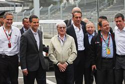Enrique Peña Nieto, Presidente de México con Bernie Ecclestone y Jean Todt, Presidente de la FIA