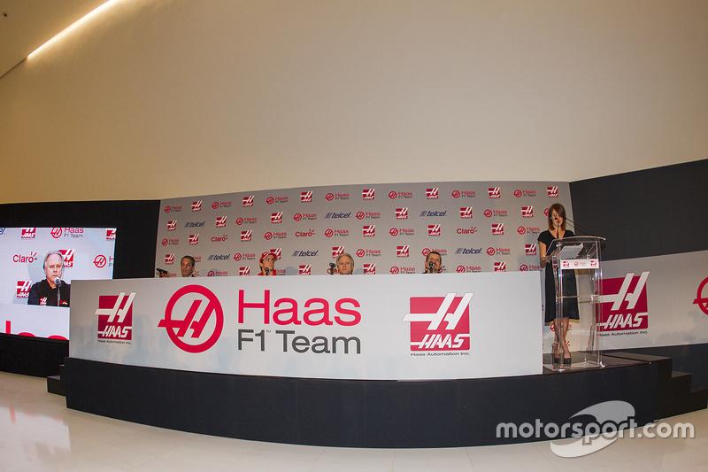 Carlos Slim, Presidente di América Móvil, Esteban Gutiérrez Haas F1 Team, Gene Haas e Guenther Stein