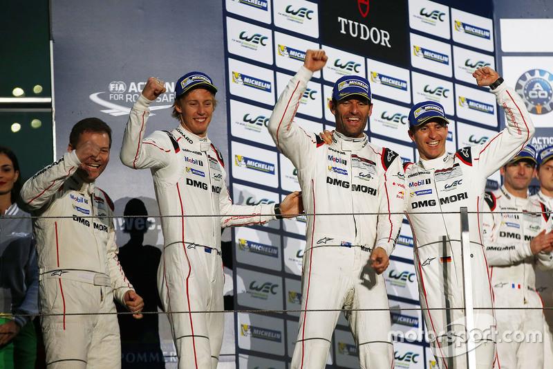 Podium: winners Timo Bernhard, Mark Webber, Brendon Hartley, Porsche Team with Andreas Seidl, Team Principal Porsche Team