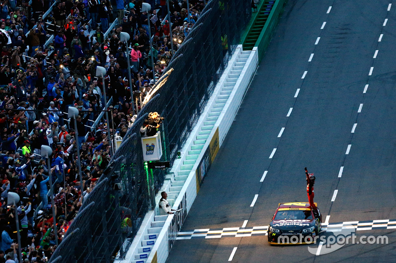 Martinsville 2015: Jeff Gordon ganador