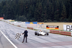Alan Jones, Williams takes the win