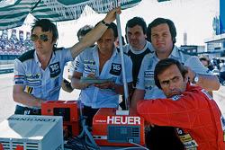 Patrick Head, Alan Jones y Carlos Reutemann, Williams
