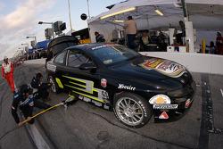Pitstop for #9 Spirit of Daytona Racing Pontiac GTO: Bryan Collyer, Doug Goad