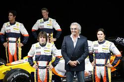 Fernando Alonso, Renault F1 Team, Nelson A. Piquet, Renault F1 Team, Lucas Di Grassi, Test Driver, Renault F1 Team, Romain Grosjean Test Driver, Renault F1 Team, Flavio Briatore, Renault F1 Team, Team Chief, Managing Director