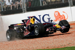 David Coulthard, Red Bull Racing, RB4, flies through the gravel trap
