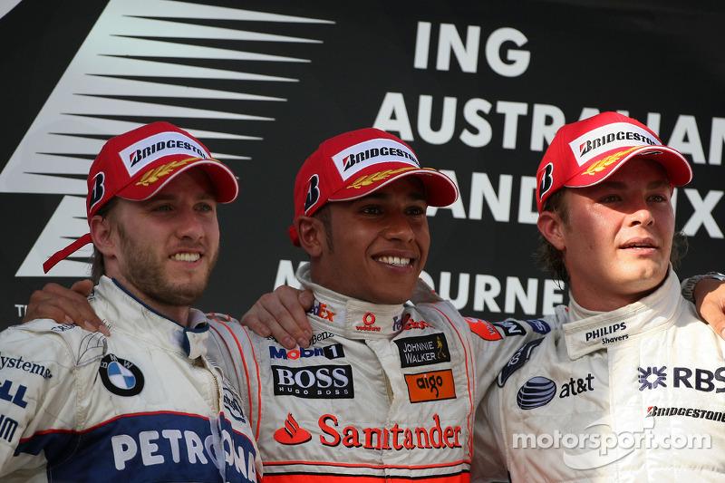 2008. Подіум: 1. Льюіс Хемілтон, McLaren Mercedes. 2. Нік Хайдфельд, BMW Sauber. 3. Ніко Росберг, Williams Toyota