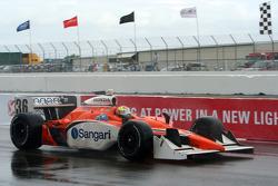 Enrique Bernoldi leaves the pits