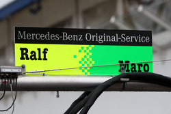 Sign on the refeuling stand of Ralf Schumacher, Mücke Motorsport AMG Mercedes, AMG Mercedes C-Klasse and Maro Engel, Mücke Motorsport AMG Mercedes, AMG Mercedes C-Klasse